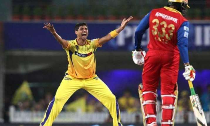 ipl 8 nehra s early strikes help csk restrict rcb to 139/8