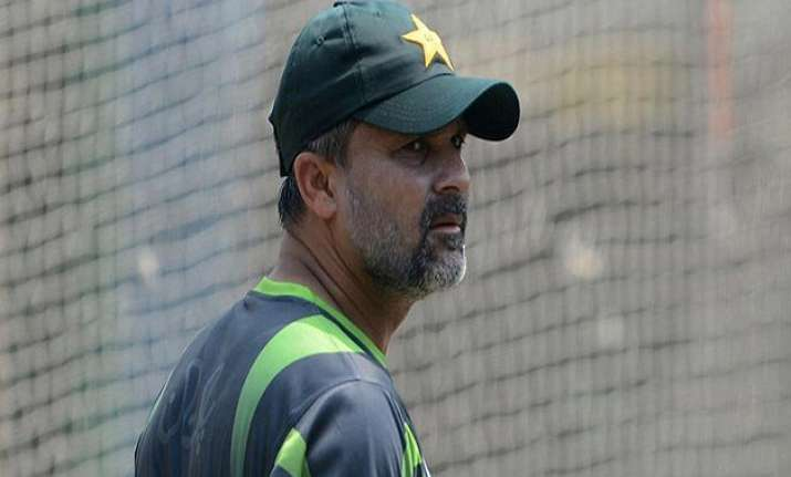 world cup 2015 pcb probes moin khan s casino visit