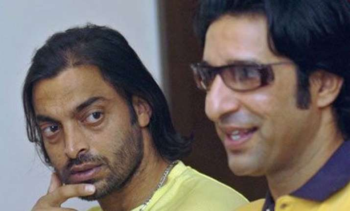 wasim akram shoaib akhtar pull out of india south africa