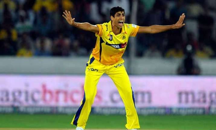 nehra is one indian pacer who bowls pace effortlessly dhoni