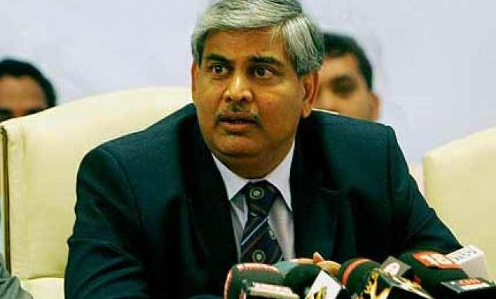 manohar recuses from disciplinary proceedings against modi