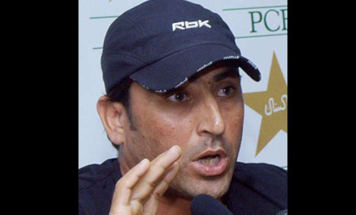 younus retained captain till 2011 world cup