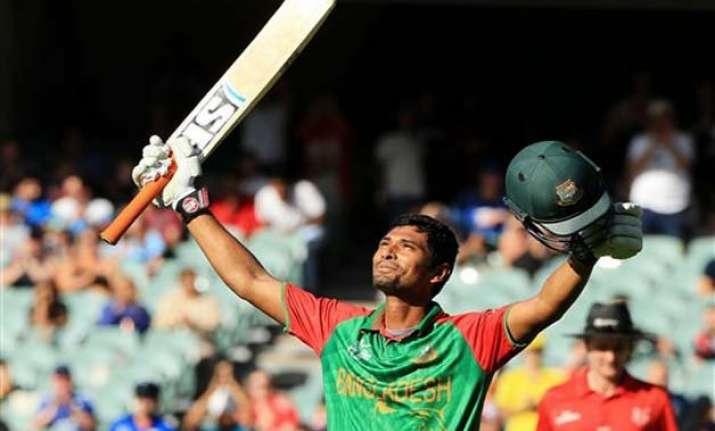 mohammad mahmudullah hits bangladesh s first world cup