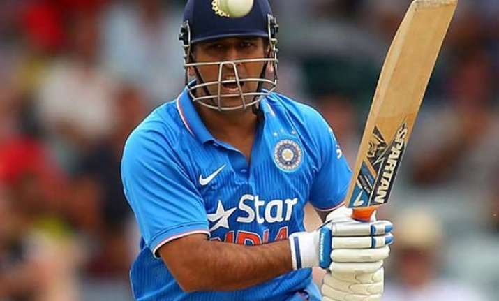 india wins toss decides to bat in second odi