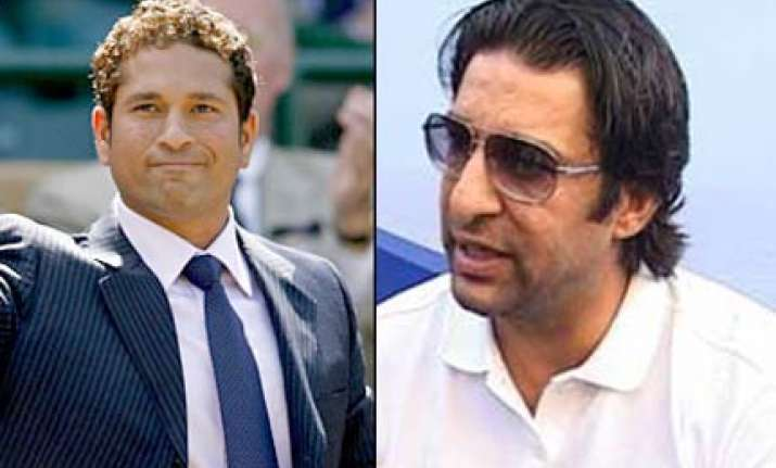 akram heaps praises on sachin