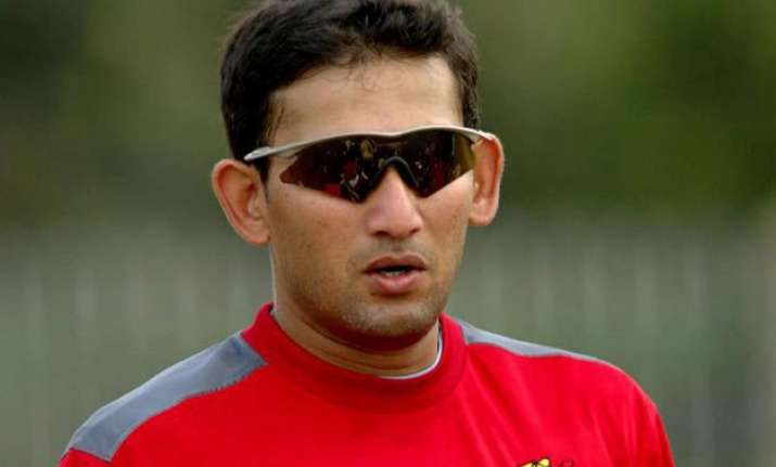 ajit agarkar questions ms dhoni s place in india team