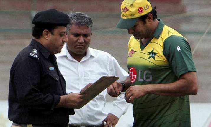 close shave for wasim akram as unknown assailants open fire