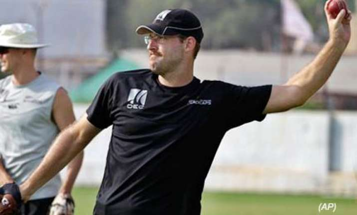 vettori aims at 4000 runs 400 wickets in test cricket