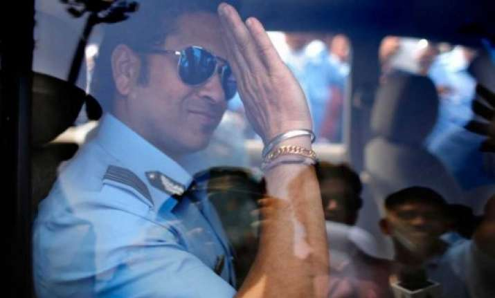 tendulkar pays tribute to defence forces