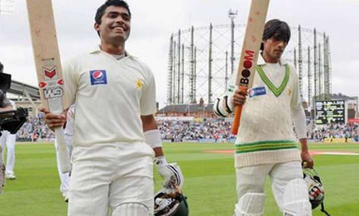 pakistan beat england by 4 wickets in oval test