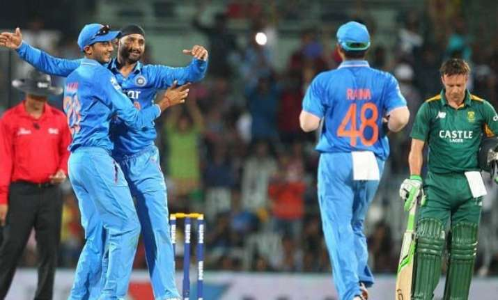 indian spinners outbowled us admits south african coach