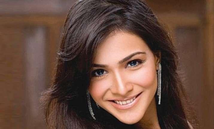 know humaima malick the pakistani actress who was rumored