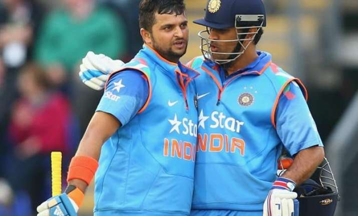ms dhoni backs struggling suresh raina in the ongoing odi