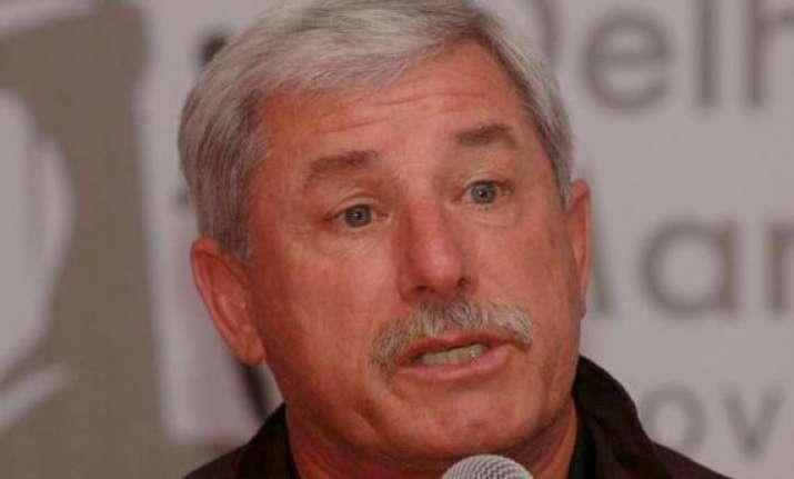 no need for sledging abusive language hadlee