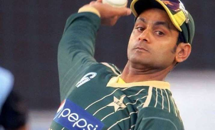 mohammad hafeez fails icc bowling test banned for 12 months