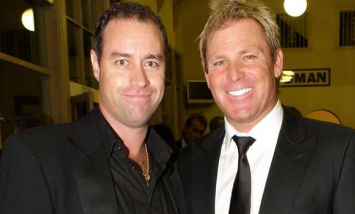 shane warne excludes michael bevan from all time aussie odi