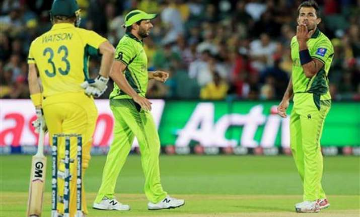 world cup 2015 watson riaz fined for on field altercation