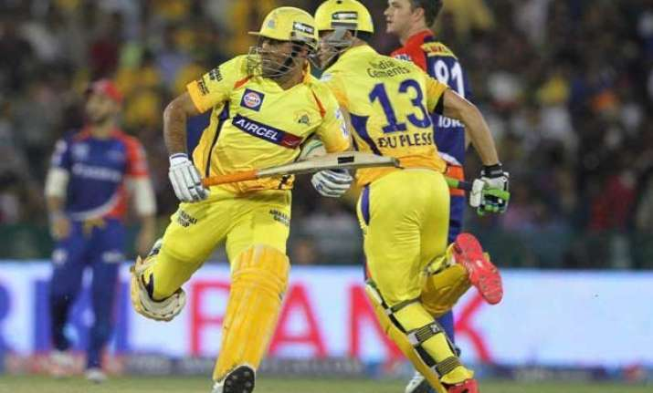 ipl 8 delhi restrict table toppers chennai to 119/6