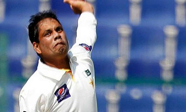 pak vs aus australia reaches 196 8 at tea vs pakistan on