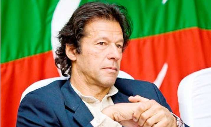 pak must send out strong message says imran khan