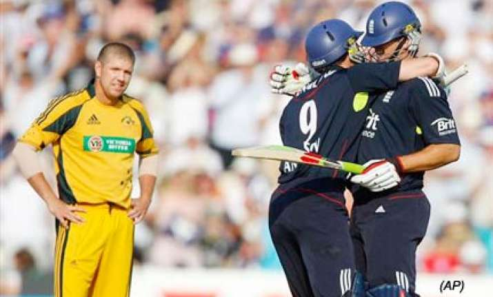 england edge thriller to seal australia series