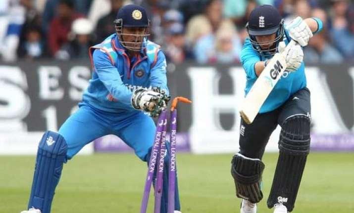 ind vs eng ms dhoni equals azharuddin s record of most odi