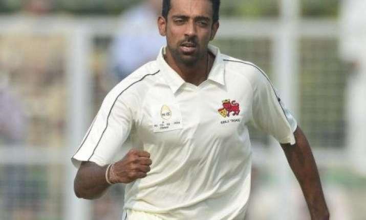dhawal flying to australia as cover for injured bhuvneshwar