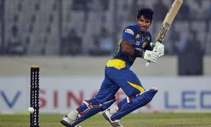 sri lanka beats pakistan by 2 wickets in 2nd odi