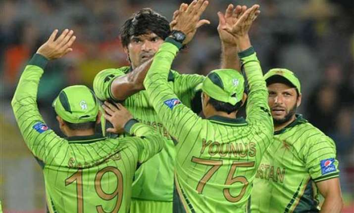 world cup 2015 pakistan take on ireland in must win clash