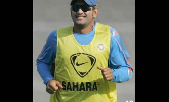we never panicked says dhoni