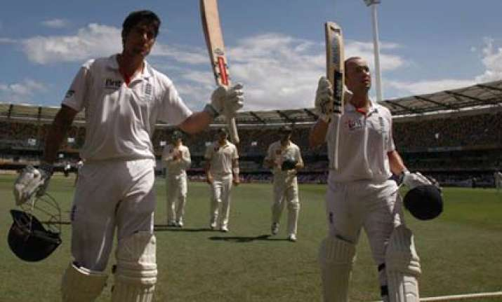 england moral victors in drawn first ashes test