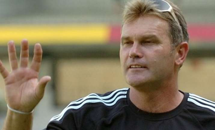former new zealand cricket captain martin crowe dies at 53