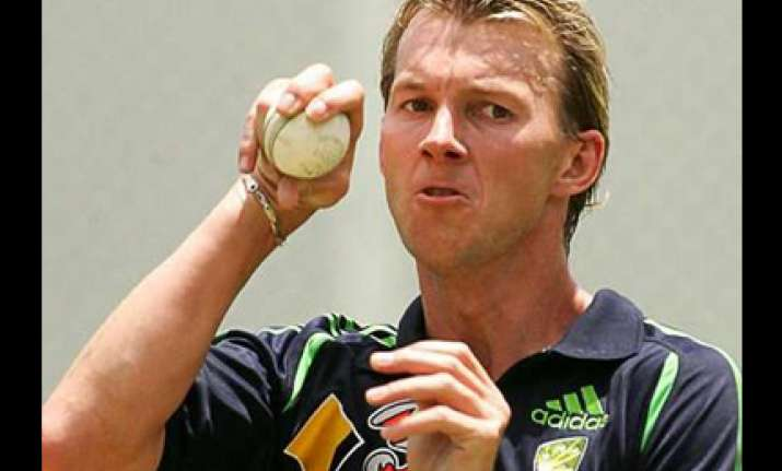 brett lee out of india series returns to australia
