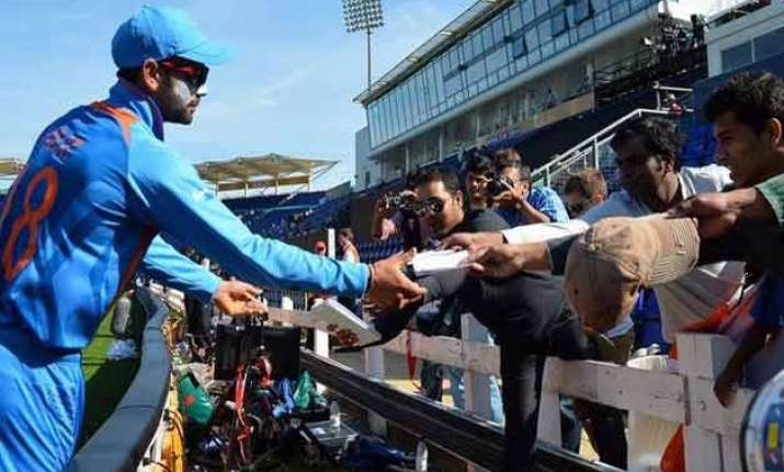 no autographs when the game is on bcci