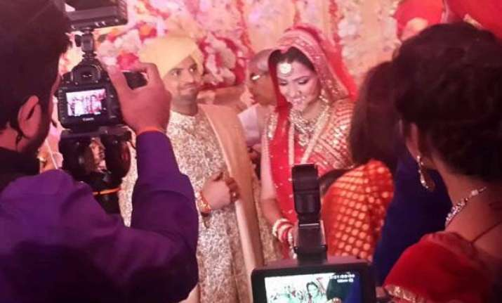 suresh raina ties the knot with childhood friend priyanka