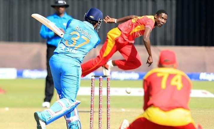 india lose to zimbabwe by 10 runs in 2nd t20i