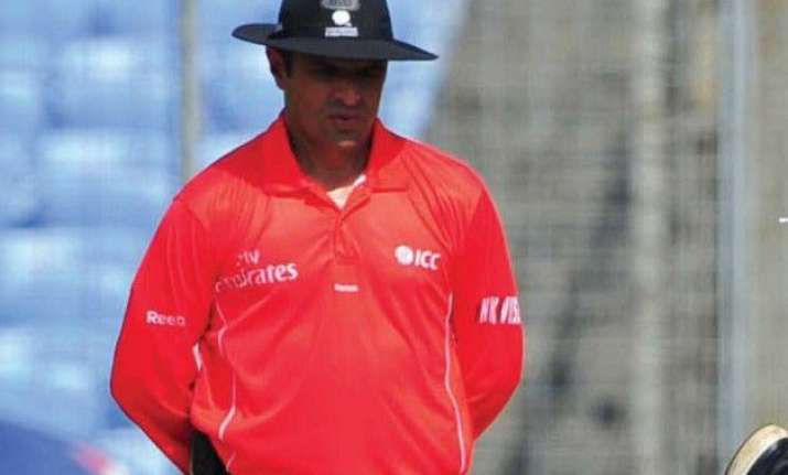 icc withdraws aleem dar from india south africa series