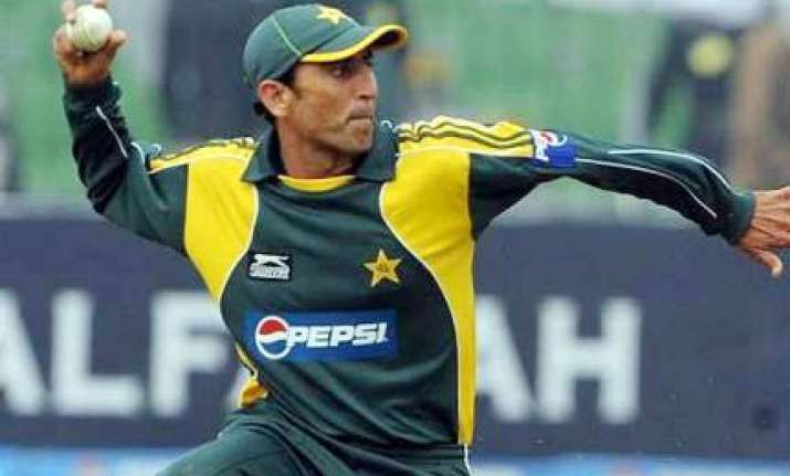 pcb unhappy over younis wish to make t 20 comeback
