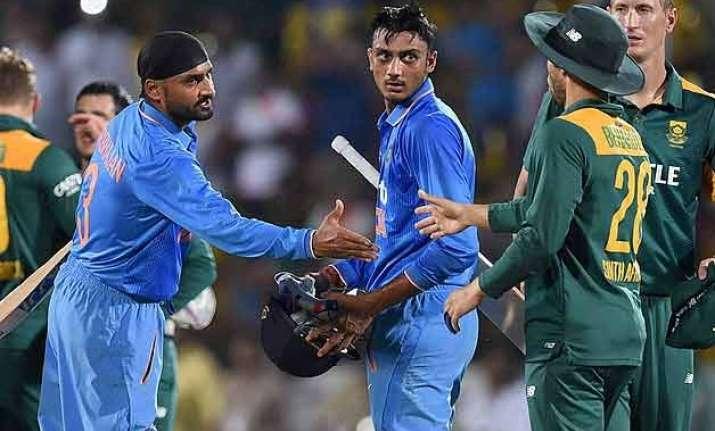 ind vs sa indian batsmen flounder as proteas win by 18 runs