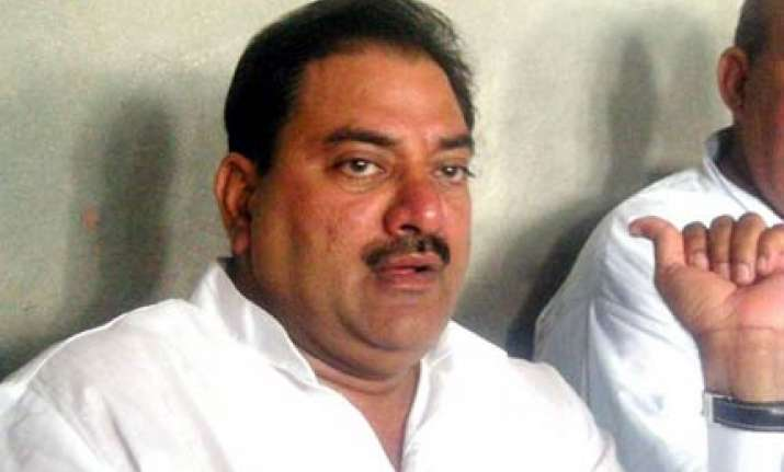 chautala lashes out at bcci for not sending teams in asiad