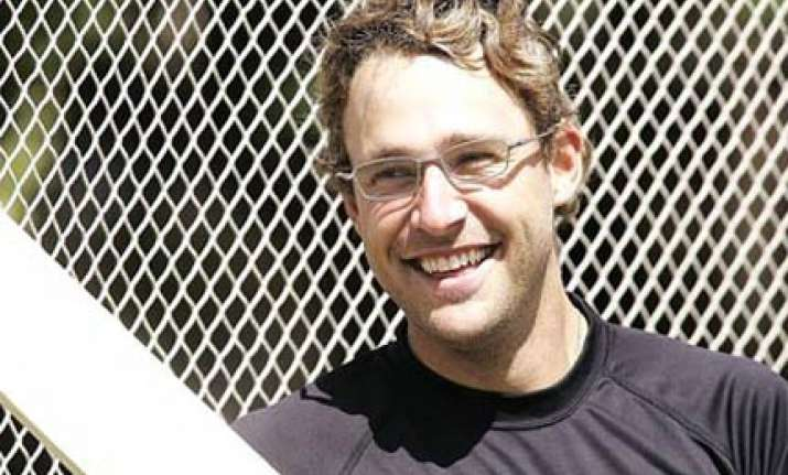 vettori to play in second odi