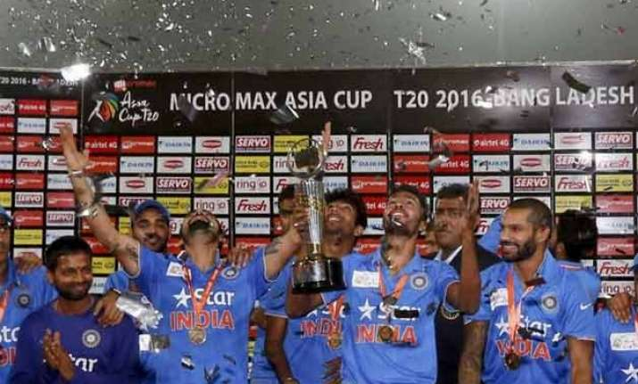 india enter icc world t20 as number one ranked side