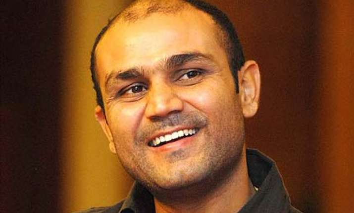 give youngsters time sehwag