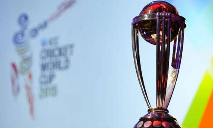 icc cricket world cup 2015 trophy comes to the uae