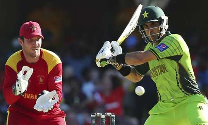 world cup 2015 riaz misbah lead pakistan to 235 7 vs