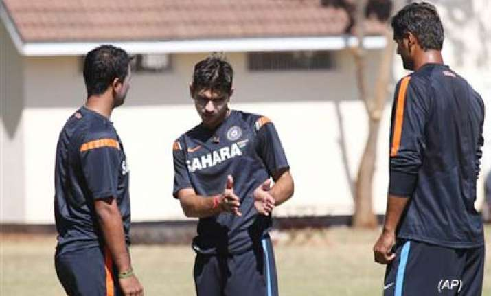 india desperate for big win against lanka to keep hopes
