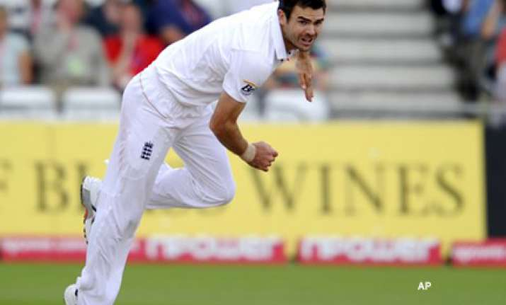anderson leads england rout of pakistan
