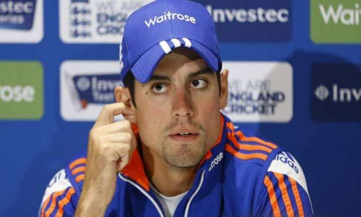 alastair cook agrees with decision to bar kevin pietersen