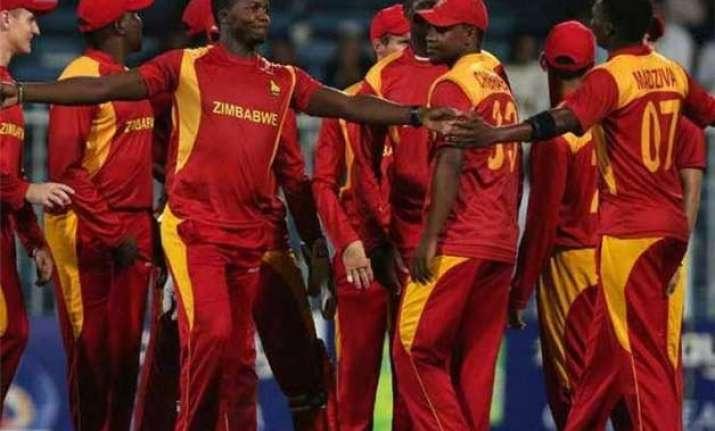 zimbabwe beat hong kong by 14 runs in wt20 qualifying opener