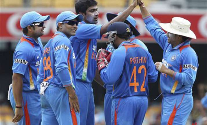 india aim to stay afloat battle oz in crucial game
